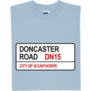 Scunthorpe United: Doncaster Road DN15 Road Sign T-Shirt