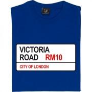 Dagenham and Redbridge: Victoria Road RM10 Road Sign T-Shirt